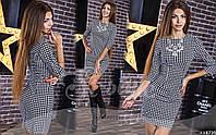 Короткое женское платье принт гусиная лапка