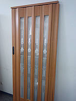 Дверь гармошка остекленная с декором вишня 501 с башенкой 860х2030х12 мм, фото 3