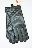 Стильные женские перчатки из натуральной кожи c вышивкой