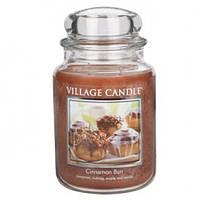 """Ароматическая свеча в стекле Village Candle """"Булочка с корицей"""". 740 гр/ 170 часов"""
