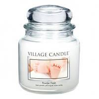 """Ароматическая свеча в стекле Village Candle """"Детская пудра"""". 455 гр/ 105 часов"""
