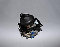 Кран тормозной двухсекционный 100-3514008