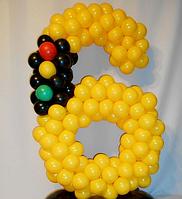 """Яркая цифра из шаров светофор """"6"""""""