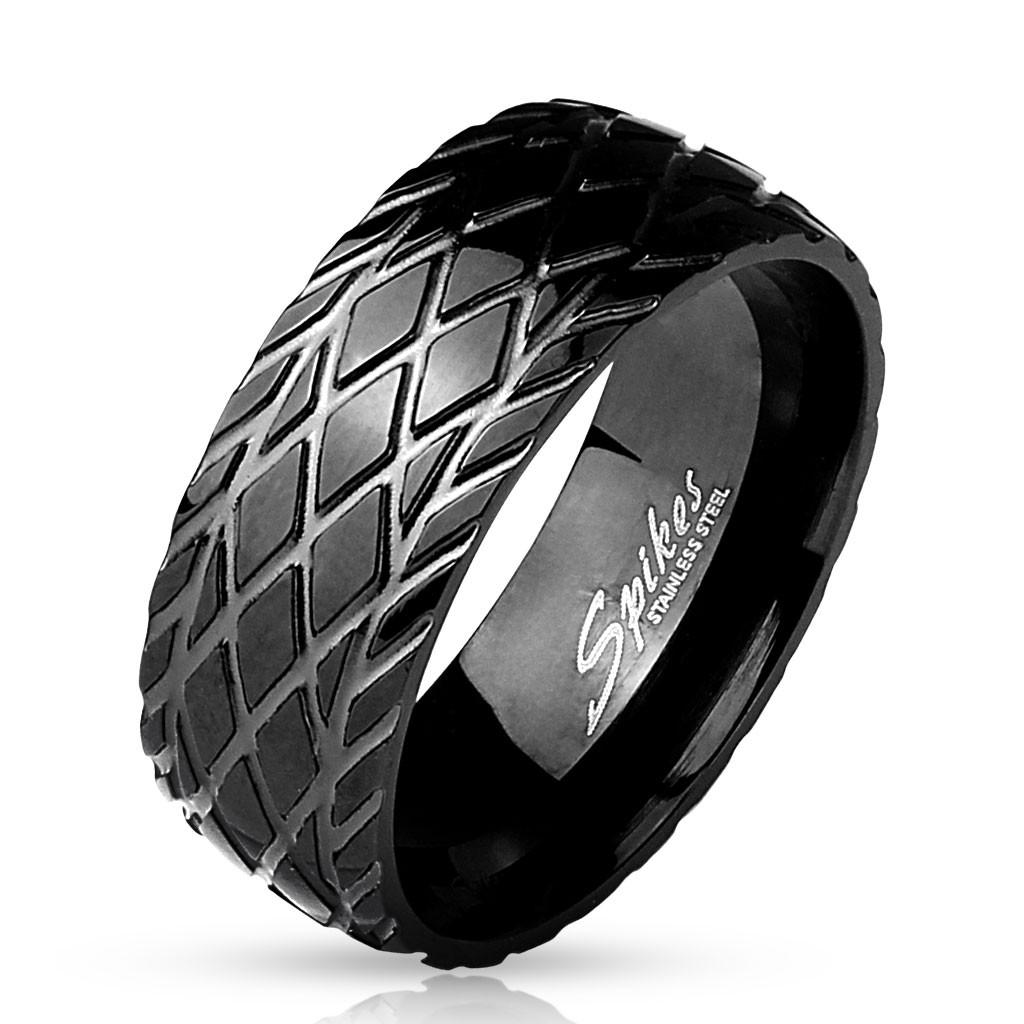 Колько черное с рисунком протектора шины Spikes