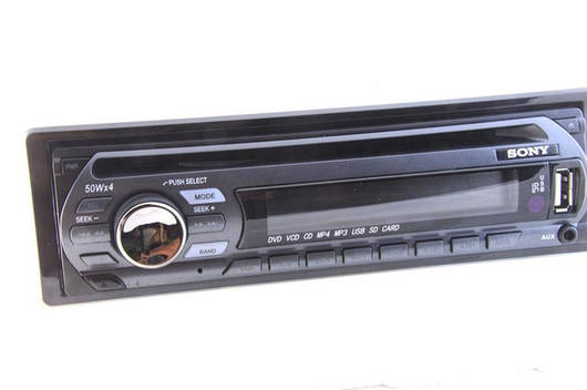 Автомагнитола Sony GT460U, DVD, CD, USB, SD, FM