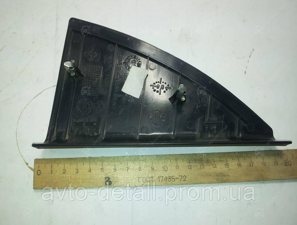 Накладка двери  задняя правая  внутренняя (треугольник) Ланос (GM)