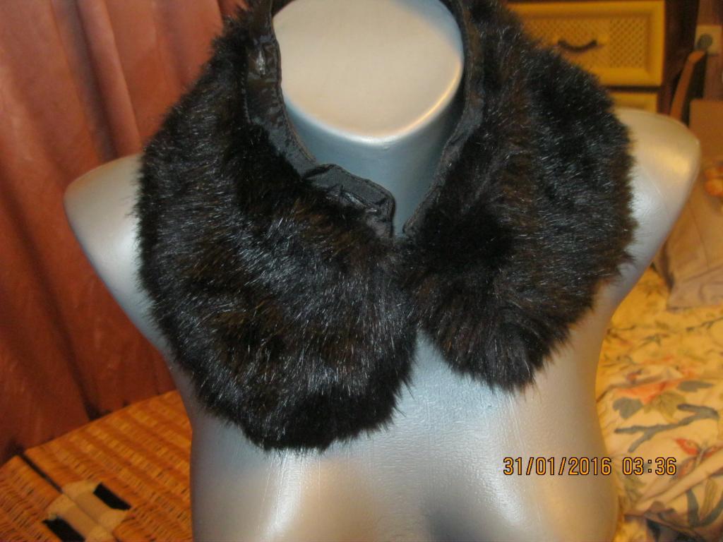 Воротник мех от новой куртки черный симпатичный