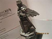 Фигурка статуэтка подарок рыцарь войн со щитом металл олово сплав олова фигура сувенир коллекционный