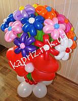Букет  из шаров на основе с 17 цветками