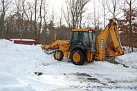 Чистка снега трактором Очистка снега Киев