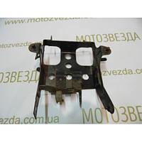 Подставка аккумулятора Honda Lead AF48/JF06