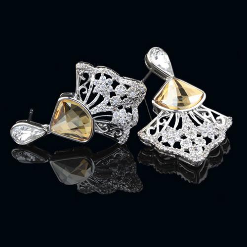 012-0045 - Серьги с кристаллом Swarovski Chessboard Delta Crystal Golden Shadow и прозрачными фианитами родий - Kelta - ювелирная бижутерия оптом в Львове