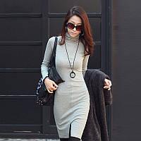 Классическое платье с разрезом