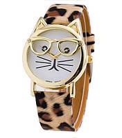 Оригинальные часы Котик