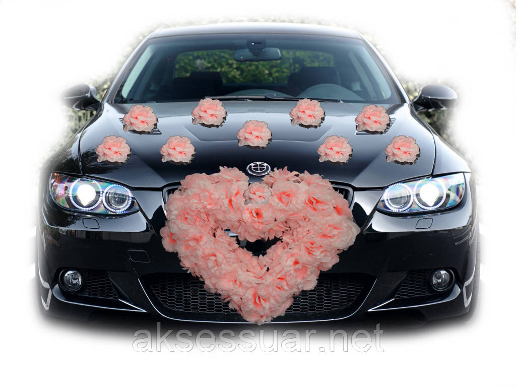 Прикрасу на весільну машину