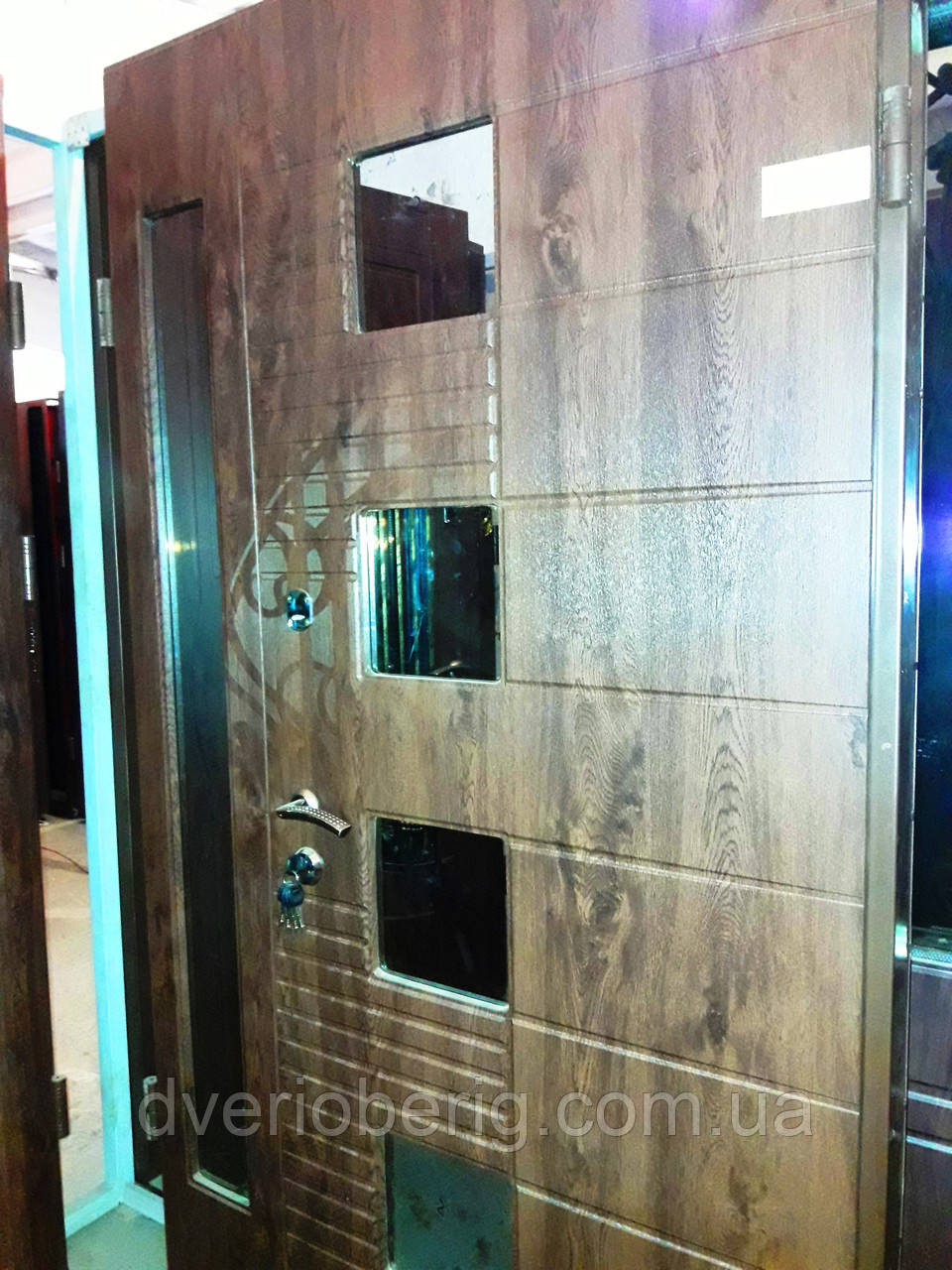 Входная дверь двух створчатая модель П3-501 vinoriy-02 СТЕКЛА