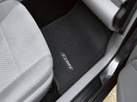 Коврики велюровые черные с нашивкой Toyota Camry V50