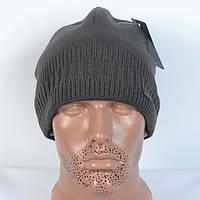 Модна в'язана чоловіча   шапка  - сіра