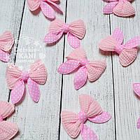 Декор для швейных изделий: бантики розового цвета.