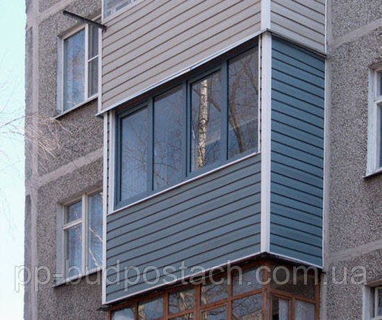 Зовнішнє оздоблення балконів сайдингом - дешево і красиво