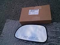 Стекло левого зеркала с изломом для Chevrolet Lacetti