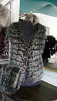 Жилет женский натуральный мех енота с кожаными вставками