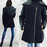 Пальто кашемировое с капюшоном и вставками из кожи
