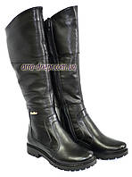 Ботфорты женские кожаные на низком ходу. 36,39,41 размеры