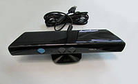 Kinect для Xbox 360 Slim+игра Kinect Adventures (из комплекта Х-BOX360 Slim)