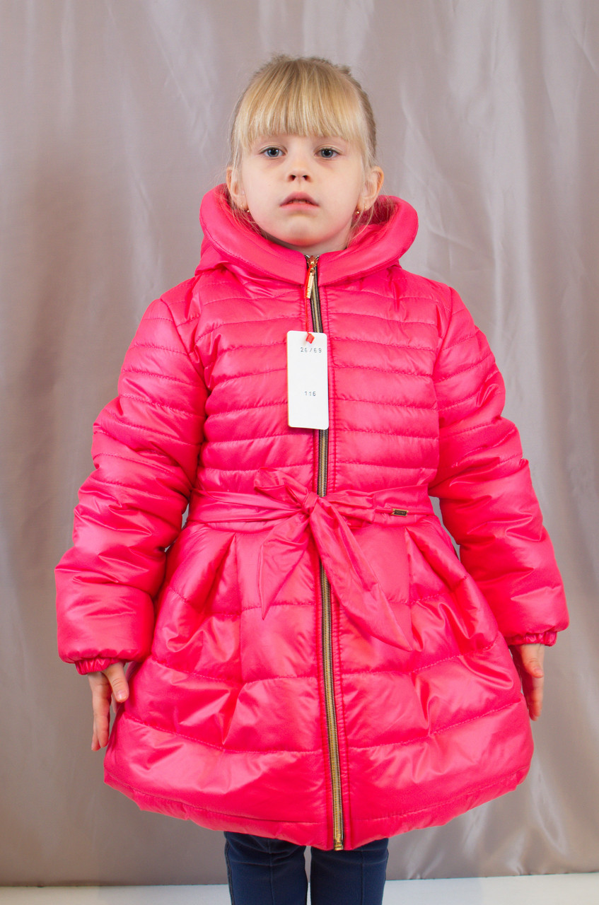Детское теплое зимнее пальто на синтепоне для девочки.