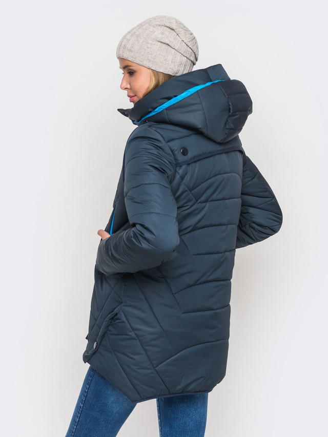 Фото-1 Зимней женской куртки утепленной Мерседес-1