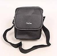Мужская сумка черного цвета