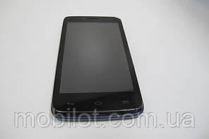 Мобильный телефон  Alcatel One Touch D920 (TZ-1082)