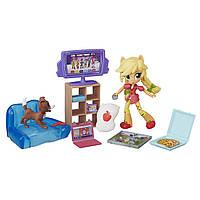 My Little Pony Девочки Эквестрии Игровой набор Эплджек Пижамная вечеринка Equestria Girls Minis Applejack Slumber Party Games Set