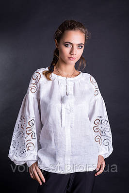 Изысканная вышиванка женская из льна