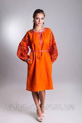 Женское вышитое платье с ришелье