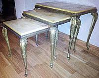 Журнальный столик в стиле рококо из оникса и латуни,комплект