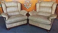 Мягкое итальянское кожаное кресло для отдыха. Цена за пару.