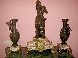 Антикварные каминные часы «Раненая ласточка» (ориг. название — Hirondelle blessee).