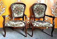 Итальянское кресло с подлокотниками