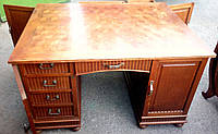 Стол письменный кабинетный