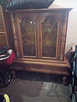Сервант - витрина для столовой