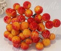 Ягоды рябина желто-красная на проволочке 10 шт.