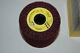 Лепестковый цилиндричный круг Klingspor NFW 600 100X100X19 coarse из нетканого материала, фото 2