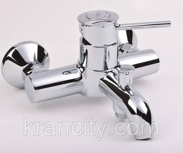 Однорычажный смеситель для ванны и душа GROHE BAU CLASSIC  32865000