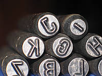 Клеймо слесарное буквенное (алфавит латинский) №2. ГОСТ 25726-83. ГОСТ 25727-83.
