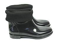 Короткие резиновые сапоги с чулком черные
