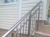 Алюминиевые перила с вертикальными прутьями