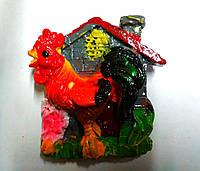 """Магнит керамический """"Петушок возле дома"""""""