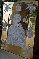 Золочение сусальным золотом икон большого формата.